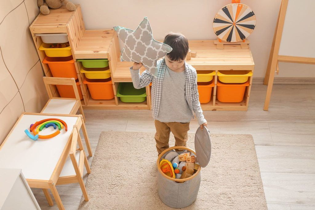tidy up toys Montessori